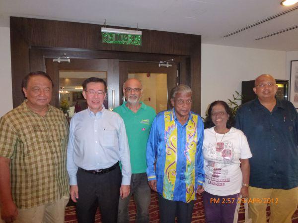 2012_04_28-acs-alumni-website-launch-013