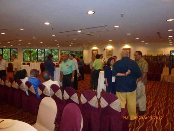 2012_04_28-acs-alumni-website-launch-019
