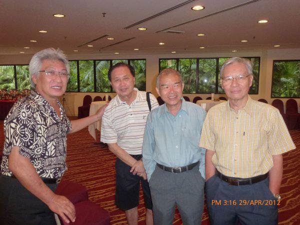2012_04_28-acs-alumni-website-launch-031