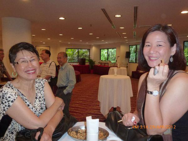 2012_04_28-acs-alumni-website-launch-032