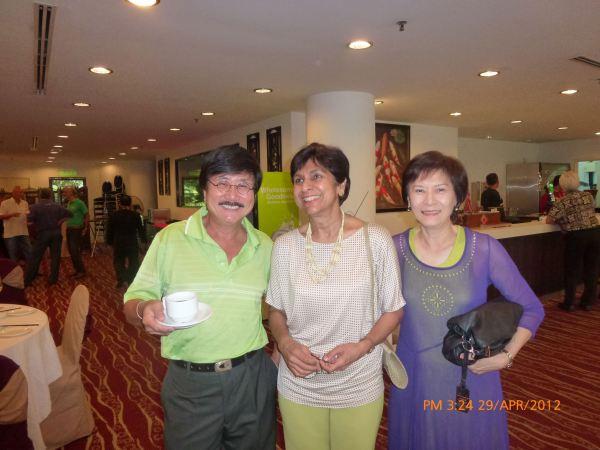 2012_04_28-acs-alumni-website-launch-042