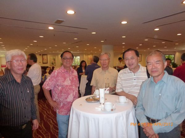 2012_04_28-acs-alumni-website-launch-053