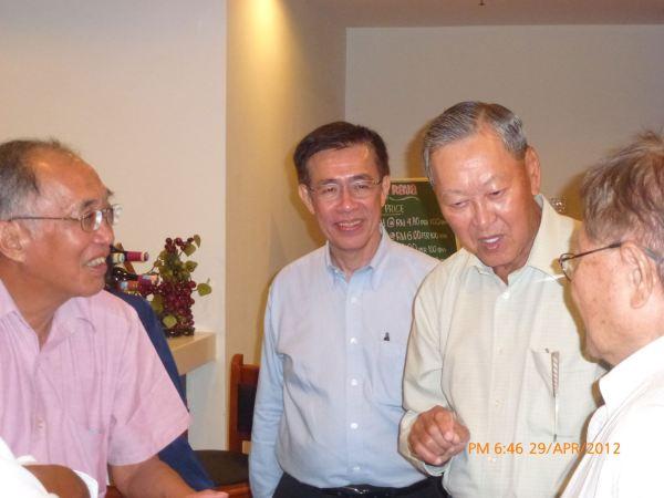 2012_04_28-acs-alumni-website-launch-094