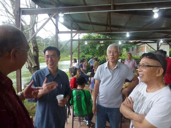 durian-feast-at-orchard-hgts-karak-2511-012